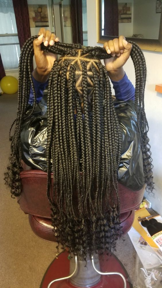 35 Triangle Box Braids Styles