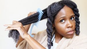 How To Use A Detangler
