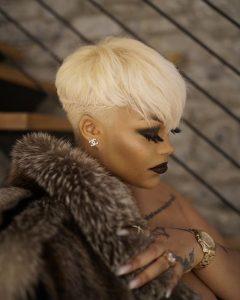 platinum blond 27 piece wig
